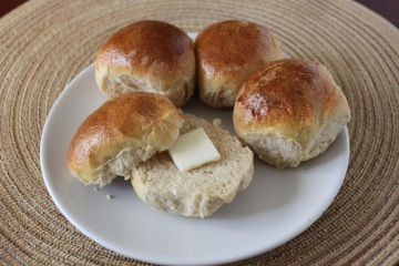 dinner rolls | the lively kitchen